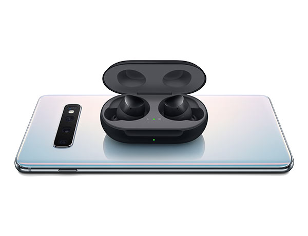 Samsung Galaxy Buds. Perfect for on the go.